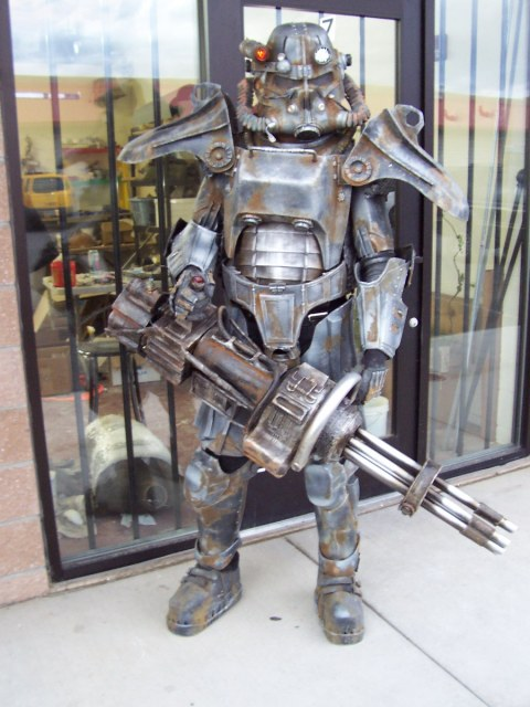 Cosplay de Fallout 3 Brotherhood-of-steel-complete-3