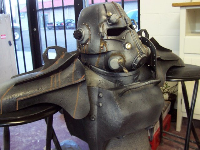 Cosplay de Fallout 3 Rough-upper-body-assembly